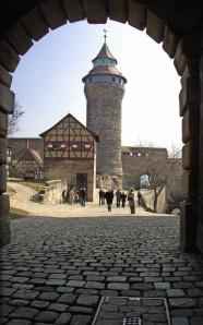 Hoch über Nürnberg: die Burg