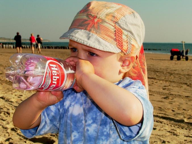 Strandleben macht durstig (2005) - Alle Bilder: Anselm Bußhoff