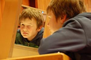 Augenblick mal! Spiegelexperimente im Kurhaus Foto: Ronja Vattes