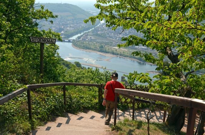 Schöne Aussicht: Nahe an Rhein und Rheingau - Bilder: Anselm Bußhoff     Schöne Aussicht: Nahe an Rhein und Rheingau - Bilder: Anselm Bußhoff