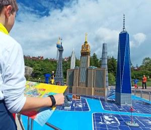 Wolkenkratzer im Legoland: die High Five - Bilder: Anselm Bußhoff